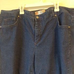 8d763870ed2 Just My Size Pants - JMS stretch classic capri jeans sz 24W